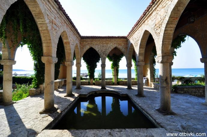 Храмът на водата (Нимфеум)