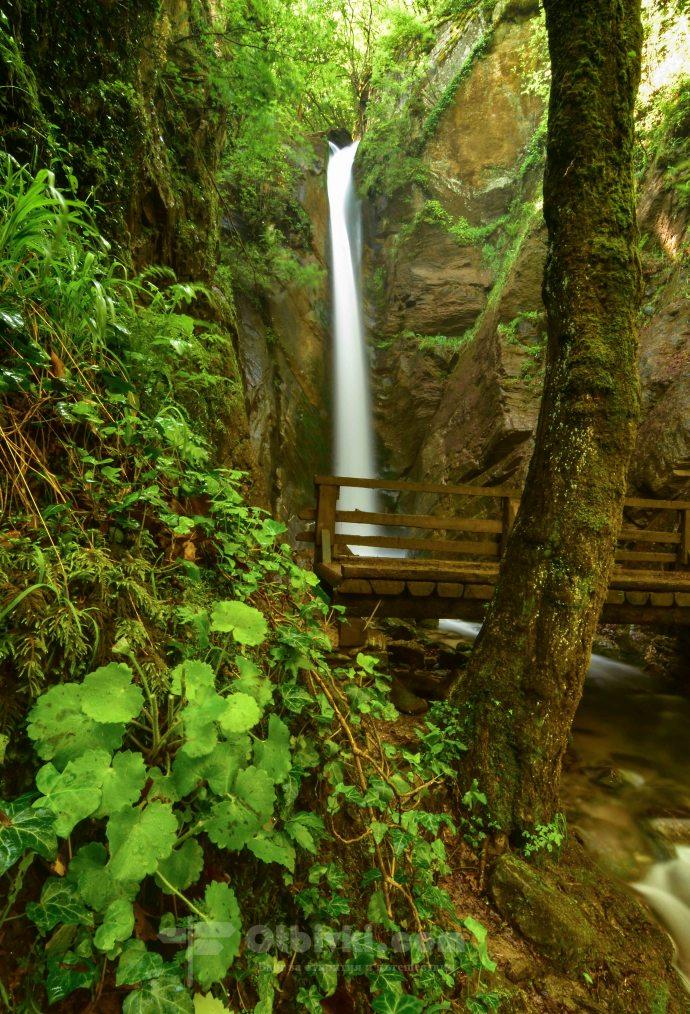 Камешнишки водопад4