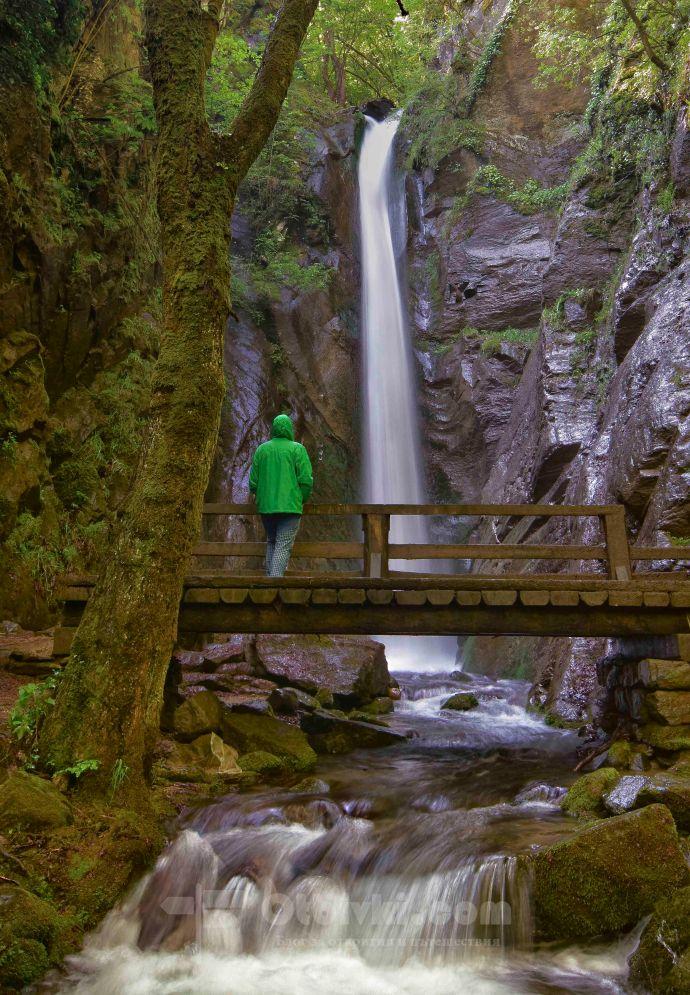 Камешнишки водопад7