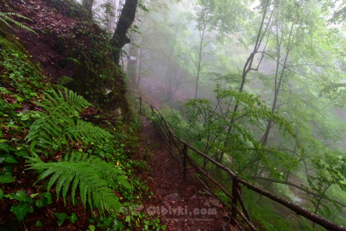 Лешнишки водопад7