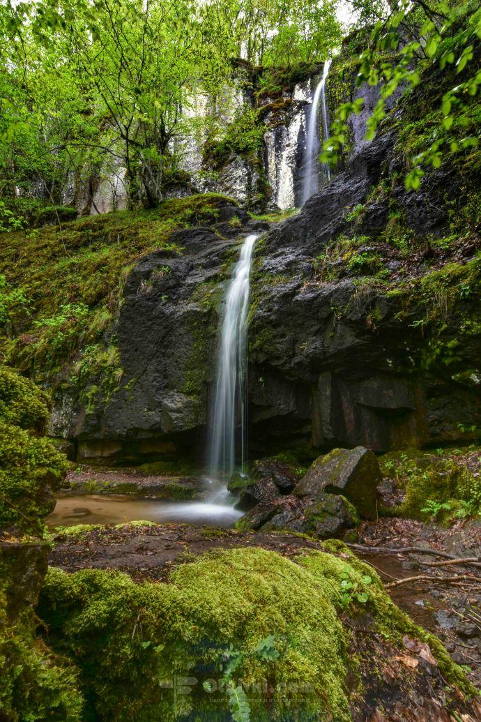 Мечешки водопад4